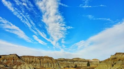badlands drumheller hiking